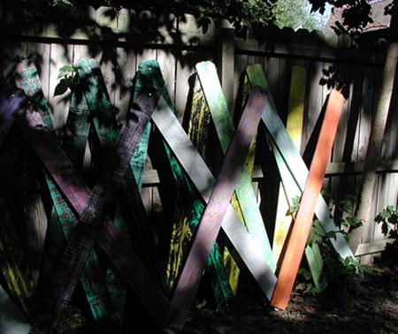 scissor-slats-on-fence-7-20-07-processed-and-resized-7-09-08.jpg